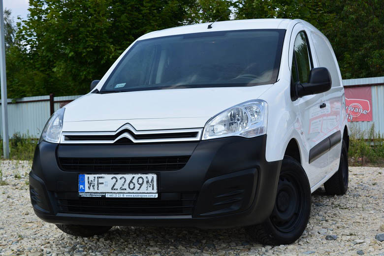 CITROEN BERLINGO (3-osobowy)